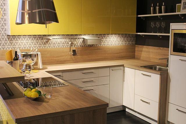 Mit Dekofolie gibst du deiner Küche einen neuen Look