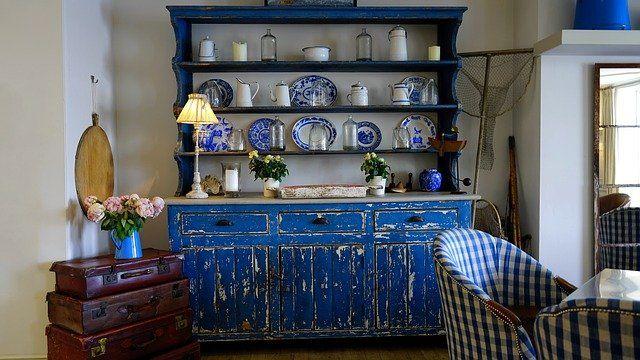 Dekofolien für alte Möbel