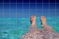 Füße im Meer Fliesenbild